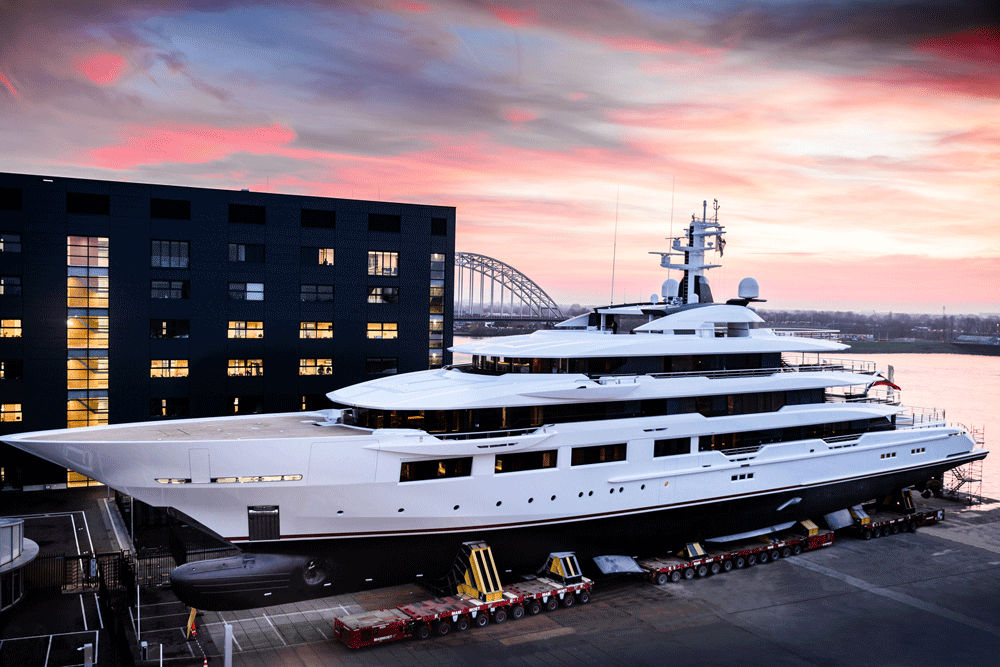 DreAMBoat, Superyacht
